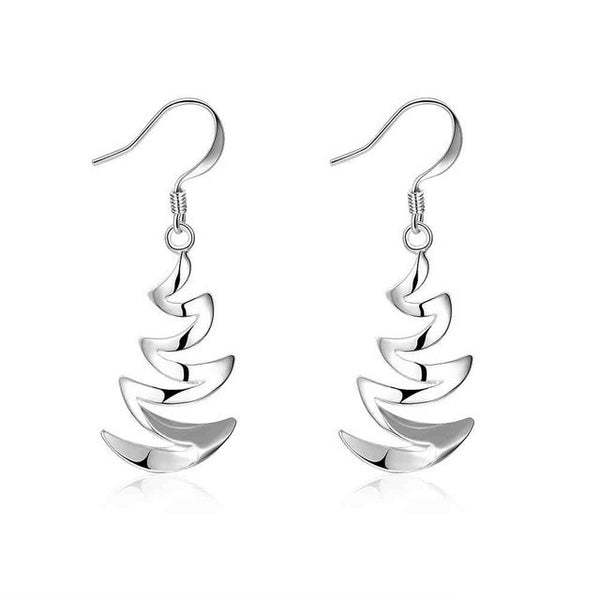 Simple Fashion Style Silver plated Crescent Moon Earrings