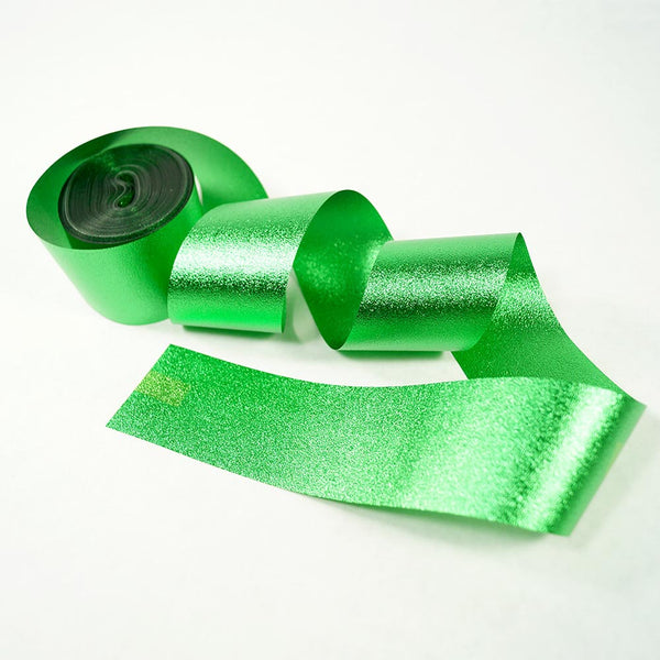 Green Metallic Streamer 100 ft