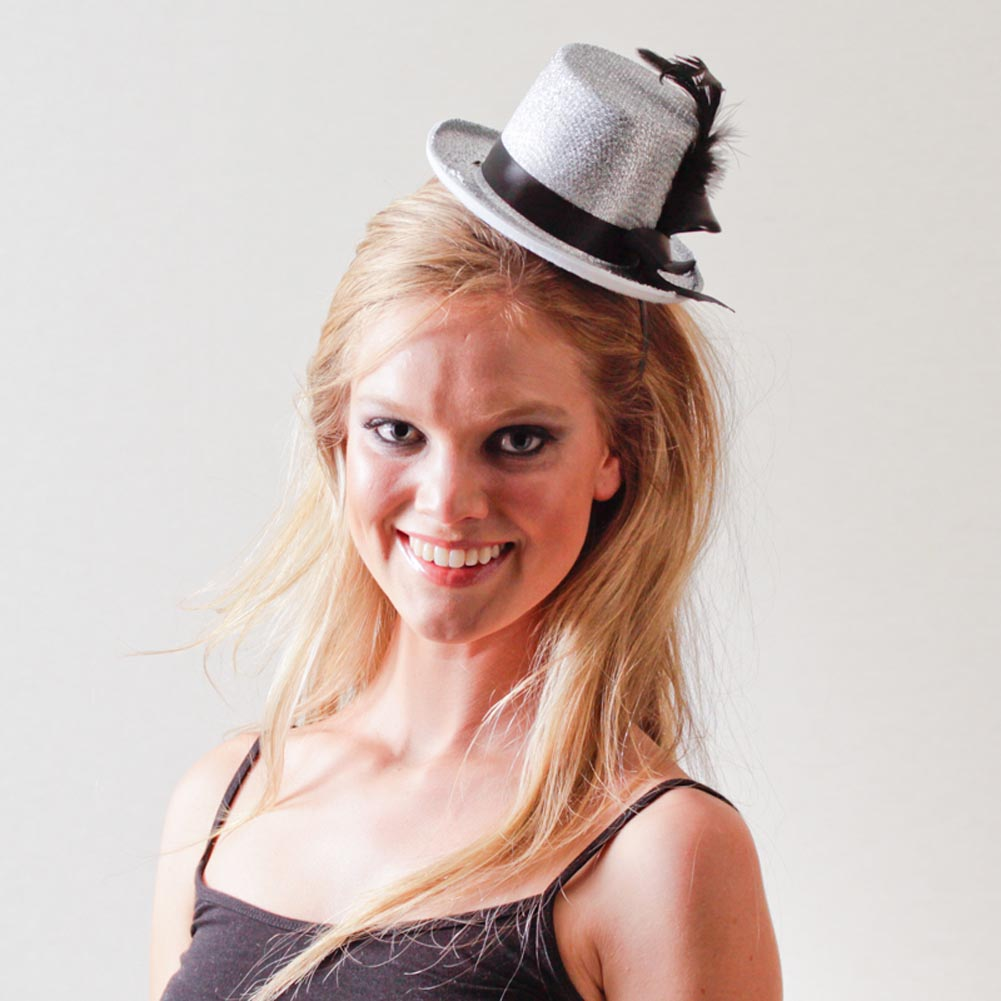 Silver Top Hat Fascinator