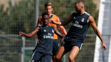 Vinicius: It was difficult to start playing on the right, but I'm adapting well