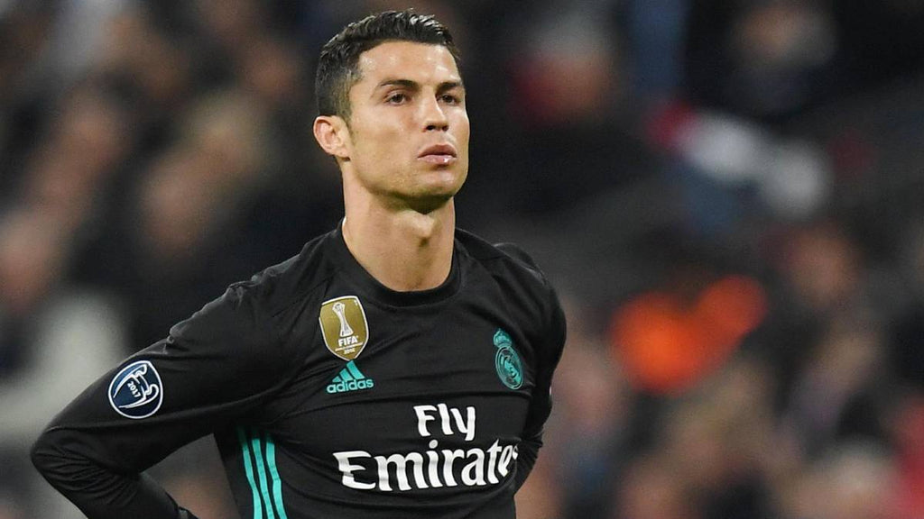 CRISTIANO RONALDO, PSG AND THE CHALLENGE OF BEING 33