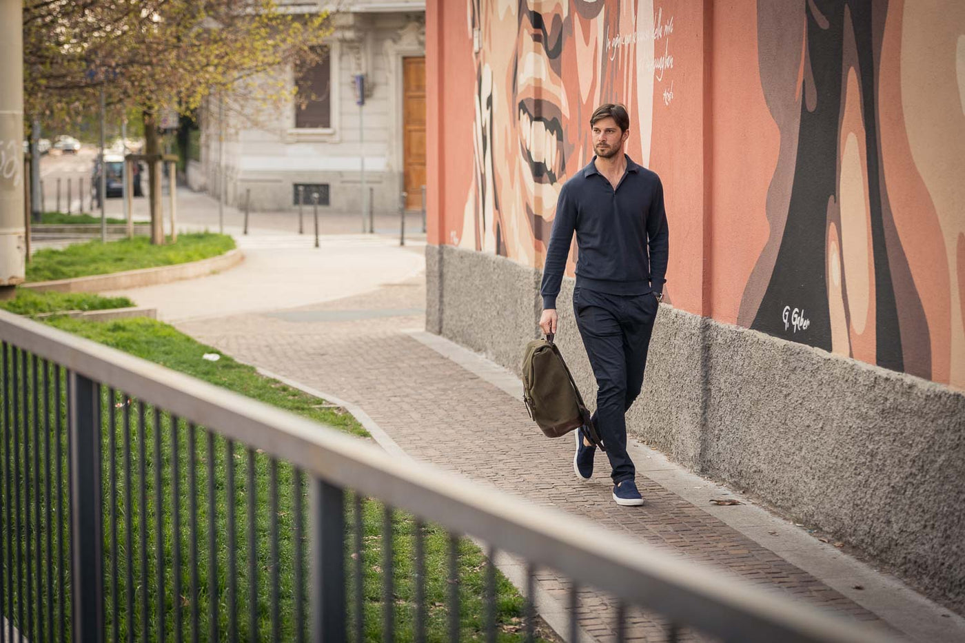 The casual summer outfit for men | Velasca City Break Collection