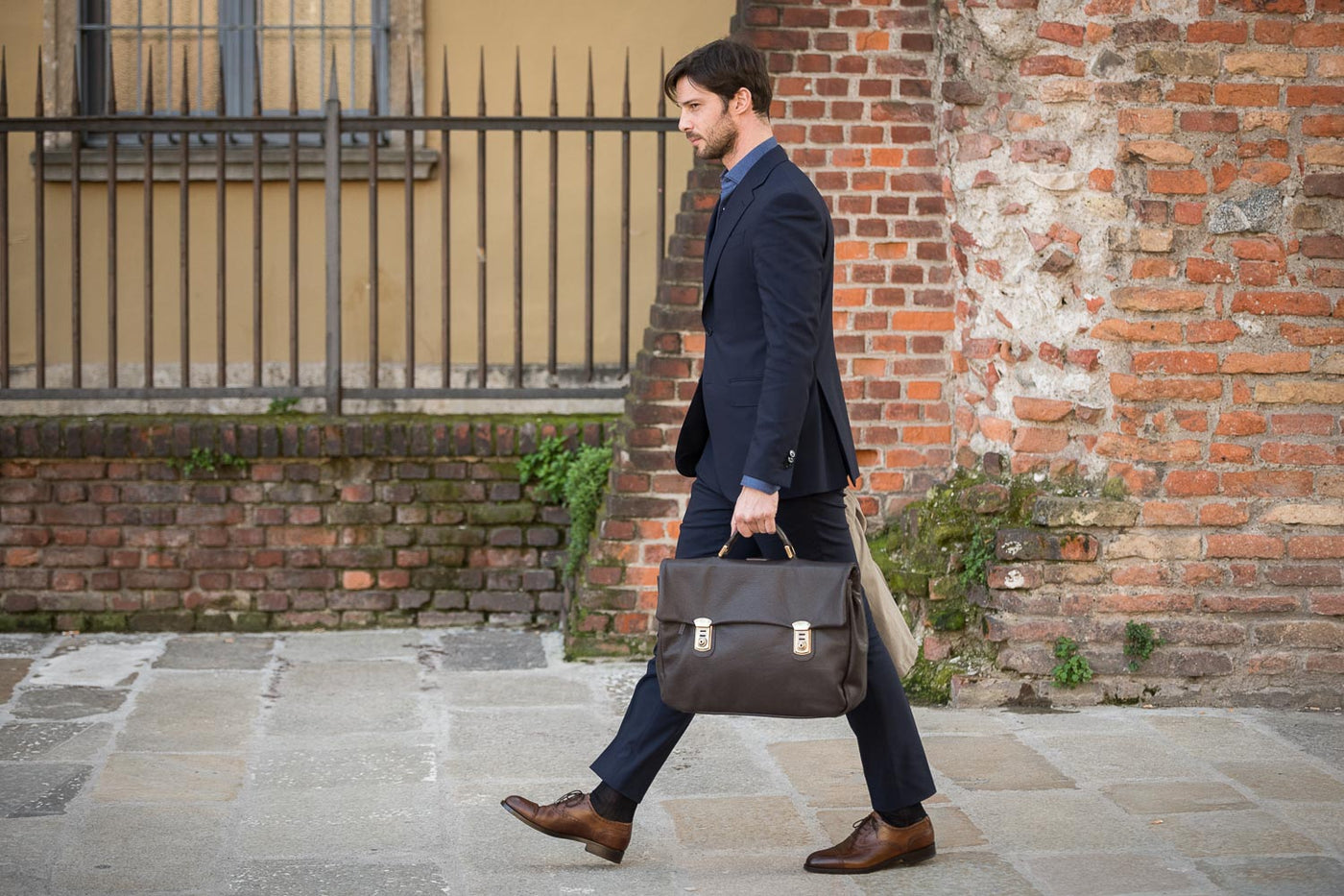 The classic summer outfit for men | The Velasca Office Collection
