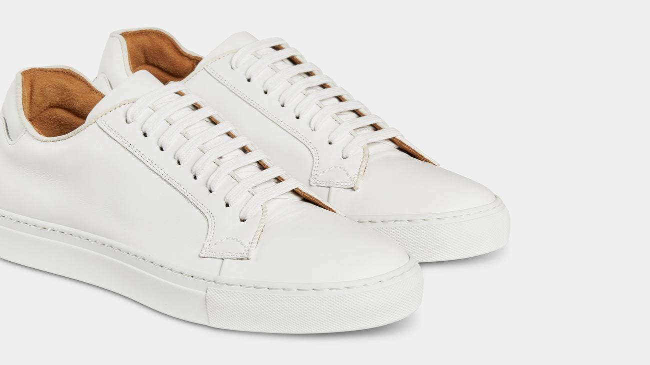 d2a66711b4b Men's all white leather sneakers | Velasca