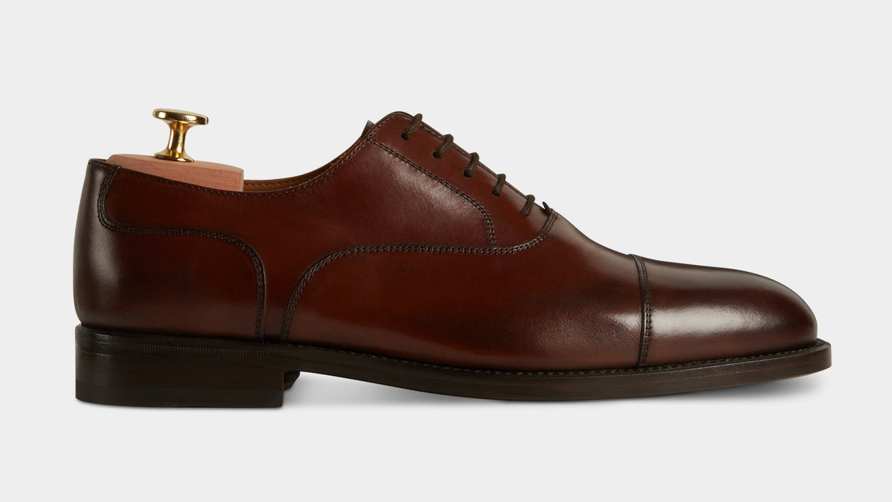 7dc3f577e2d Men's minimal & classic full-grain leather Oxfords | Velasca