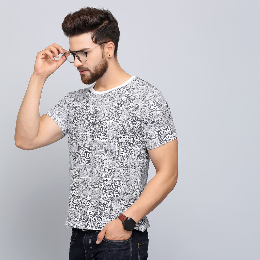 Equipped with cooling, wicking, anti-odour and quick dry functionalities, a quirky, printed cotton t-shirt from Turms.