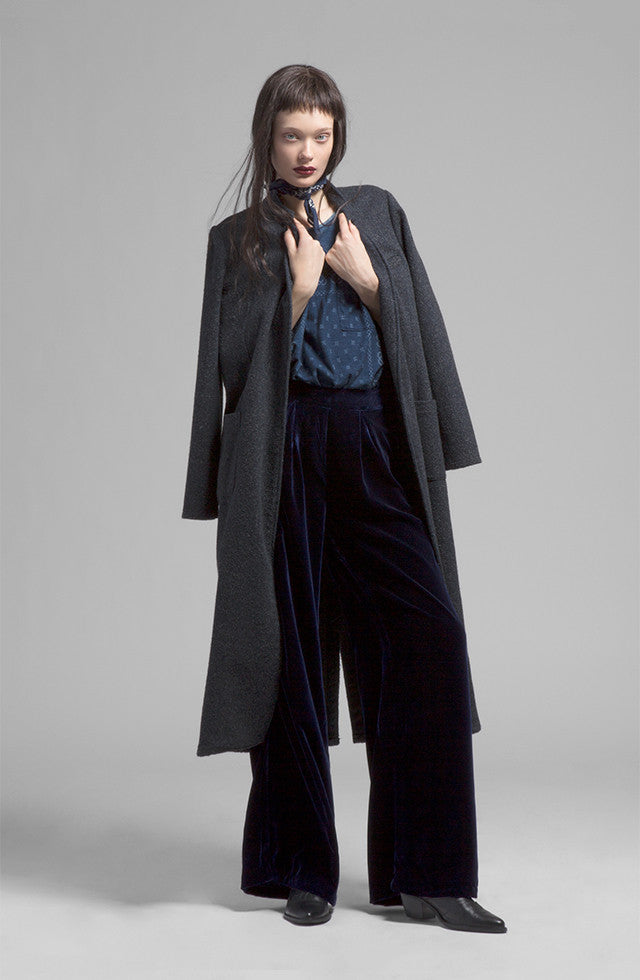 THE INDIGO WOOL TRENCH COAT