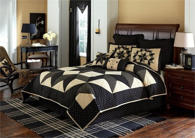 Carrington Quilt Set by Park Designs