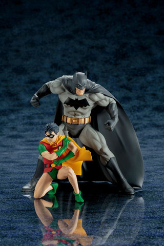 DC COMICS BATMAN & ROBIN TWO-PACK ARTFX+ STATUE - Five N Dime Toys