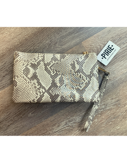 Copy of Go-to Clutch in Sand Snakeskin