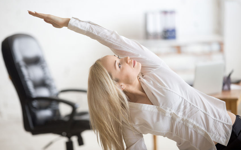 Transforming Workday Doldrums Into Dynamic Motion:  the Deskercise Revolution and You