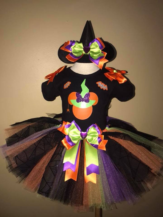 Minnie Mouse Witch Hallween Outfit