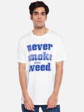 Never Smoke print T-shirt