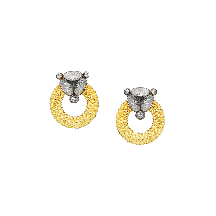 Sterling silver stud earrings in yellow gold plated.