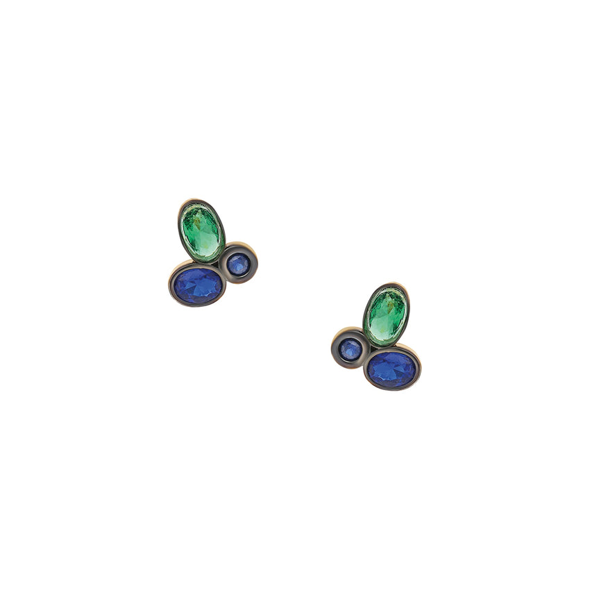 Minimal stud earrings with semi precious stones.