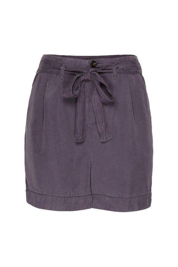 Wunderwerk Tencel paperbag shorts dust purple
