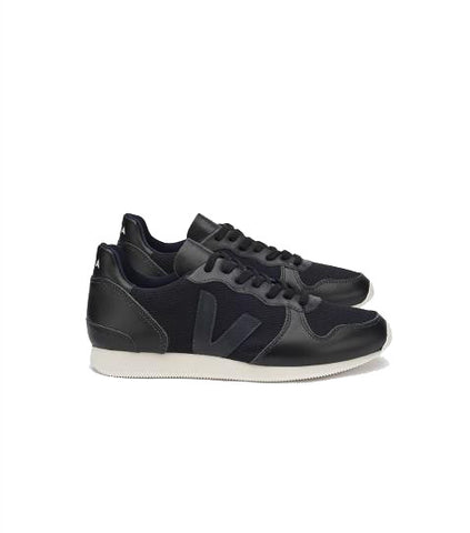 Veja Women's Holiday Low Top sneakers mesh black