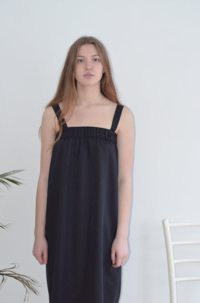 Bamboo silk dress black from Charlie + Mary