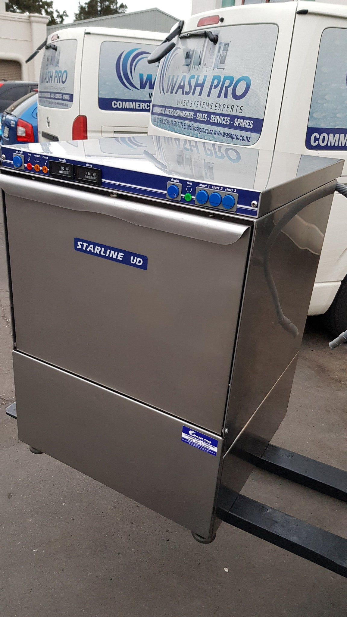 APS186 Starline UD Commercial dishwasher with Warranty Free freight Nationwide main cities only - Washpro