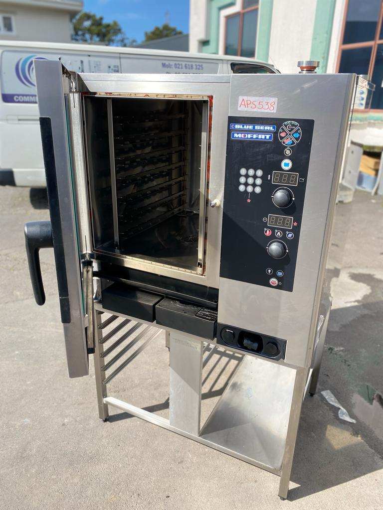 APS538 Blue Seal by Moffat Sapiens 7 x 1/1 GN Electric Combi Steamer E7SDW with stand and warranty