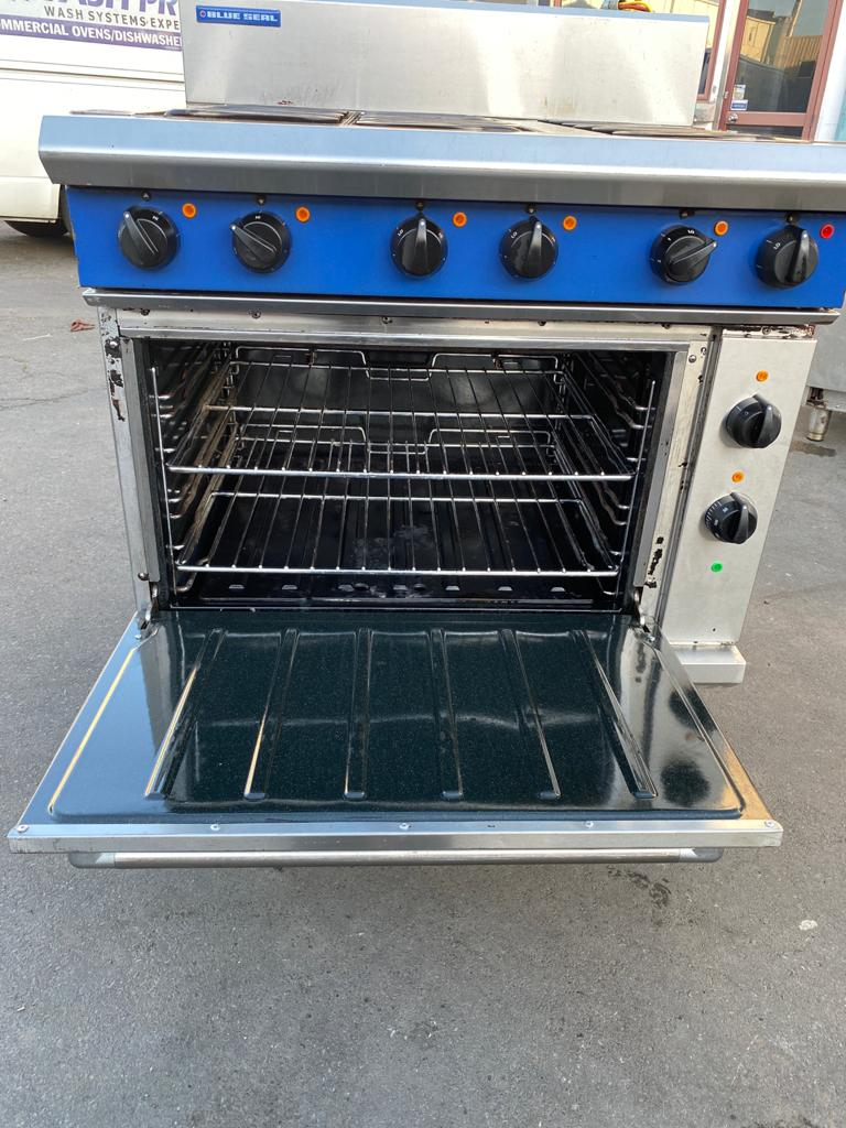 APS540 Blue Seal Evolution Series E56 - 900mm Electric Range Convection Oven