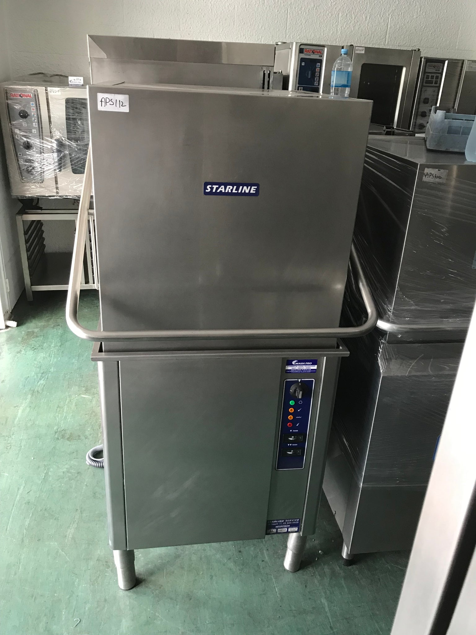 APS112 Starline AL Commercial Dishwasher in Excellent condition and warranty - Washpro