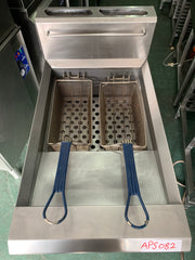 APS082 BLUE SEAL COMMERCIAL DEEP FRIER WITH WARRANTY - Washpro