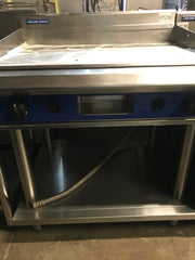 APS290 Blue Seal Evolution Series GP516-LS - 900mm Gas Griddle Leg Stand - Washpro