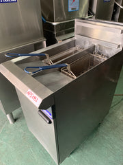 APS081 BLUE SEAL GT 45 VEE-RAY COMMERCIAL DEEP FRIER WITH WARRANTY - Washpro