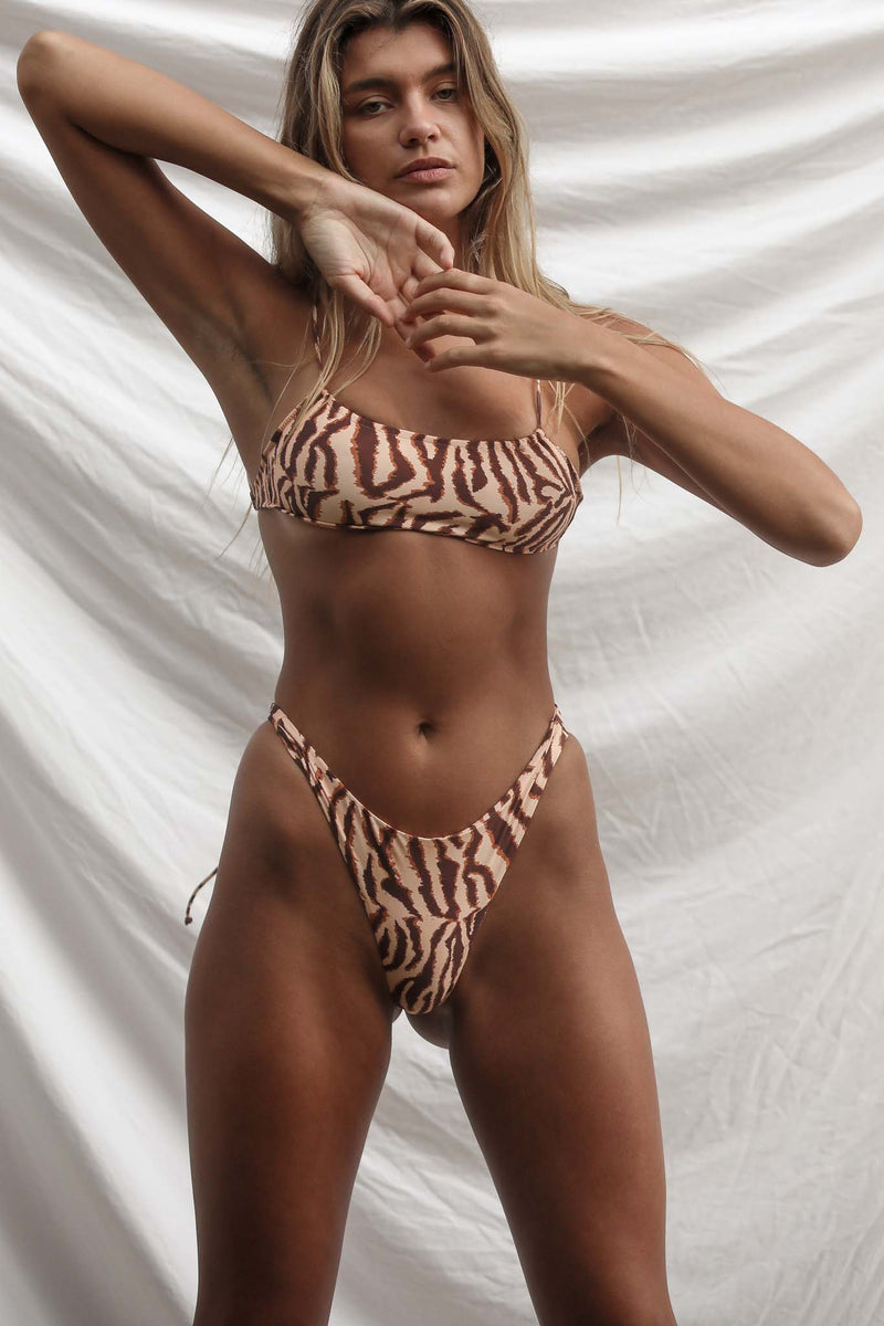 Nia Top (Tigress)