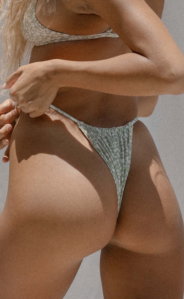 Tati Bottom (Sage Daisy) *FINAL SALE*