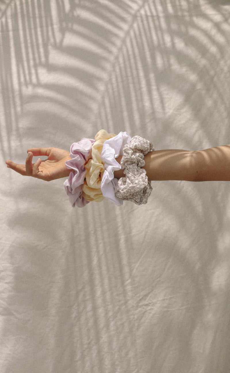Dakini Scrunchie (Lilac Ditsy) *FINAL SALE*