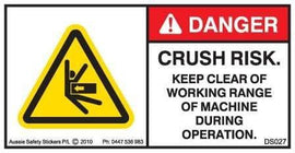 KEEP CLEAR DURING OPERATION-BODY CRUSH RISK (Horizontal)