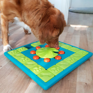 Dog MULTIPUZZLE by Nina Ottosson