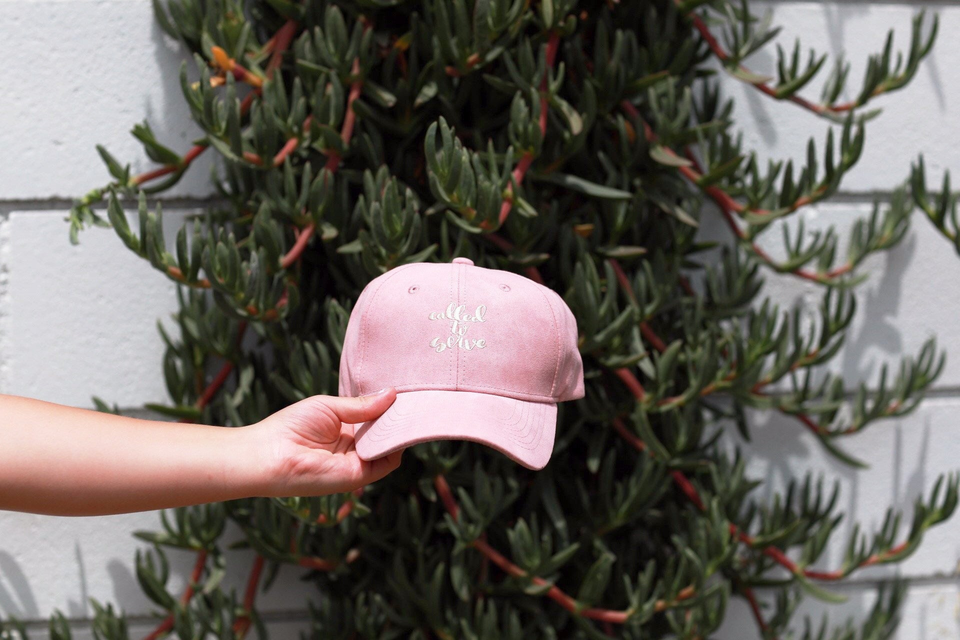 Called To Serve Hat - Pink