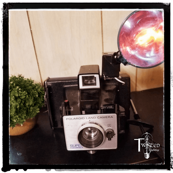 Camera : 1960's Polaroid color pack