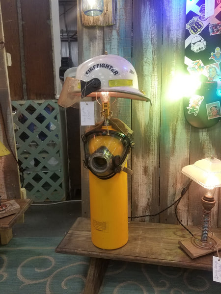 Fireman lamp - Twisted Lighting