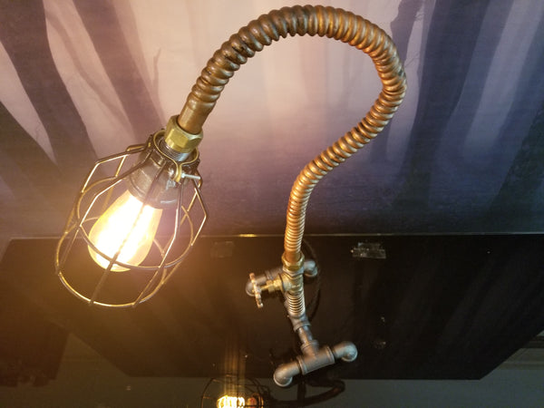 Industrial decor - Twisted Lighting