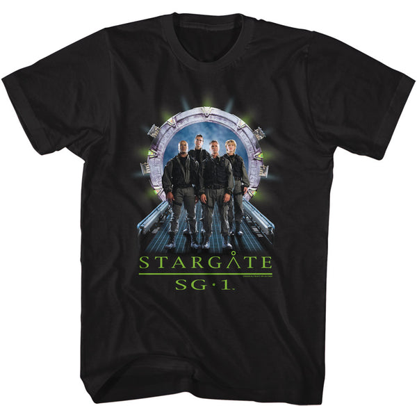 Stargate SG-1 - Gate Entrance with Cast T-Shirt