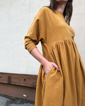 Black Crane Tradi Dress / Khaki