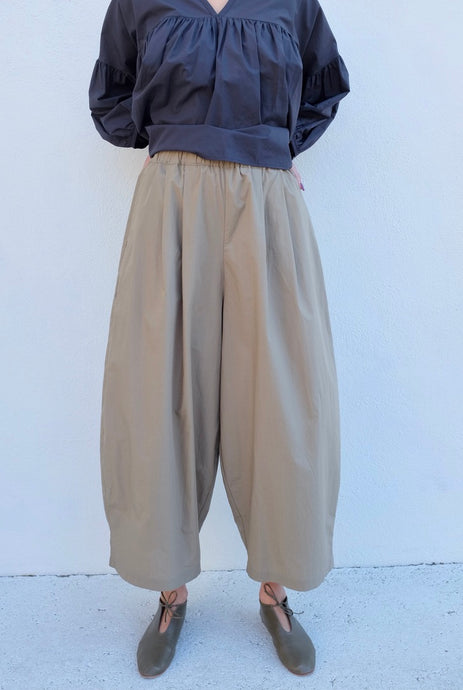 Black Crane Wide Pant / Clay