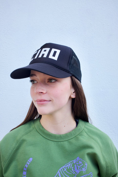 Clare V. Trucker Hat / Black