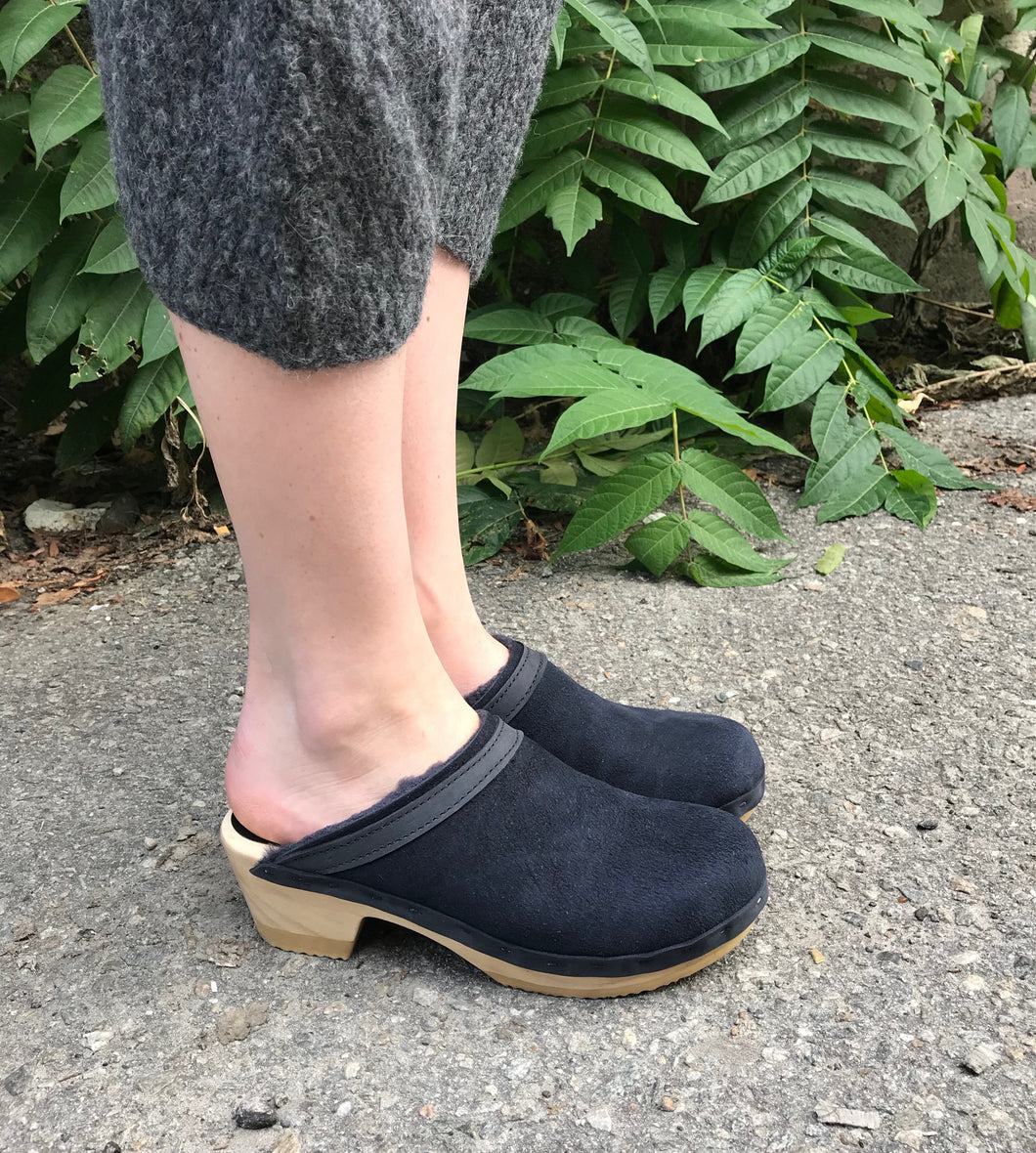 no.6 Dakota Shearling Clog / Navy Suede