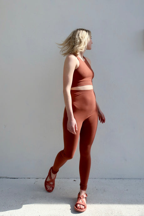 Baserange Oleta Leggings / Rust