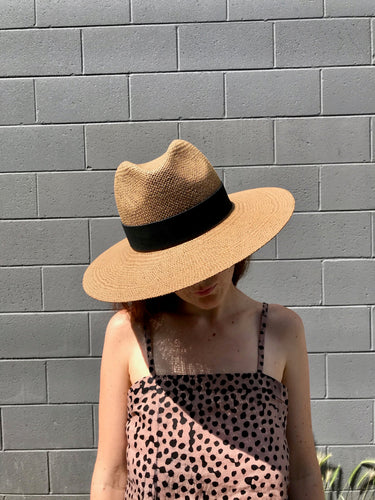 Janessa Leone Corbin Hat /  Brown