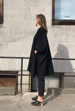 Kowtow Building Block Cape / Black
