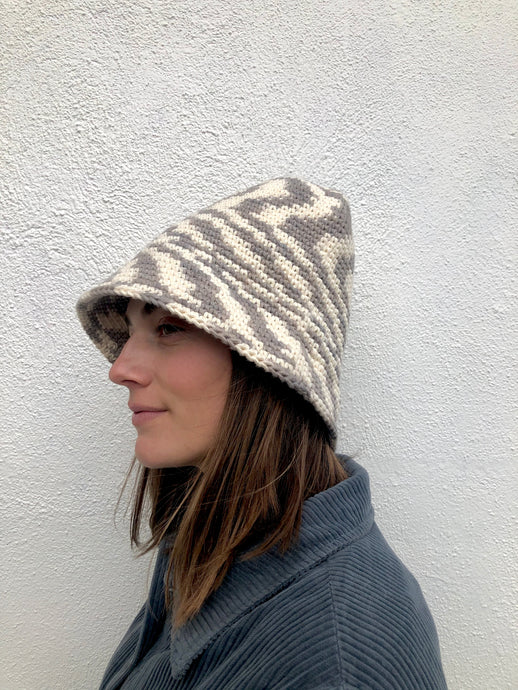 Lauren Manoogian New Bell Hat / Static Space