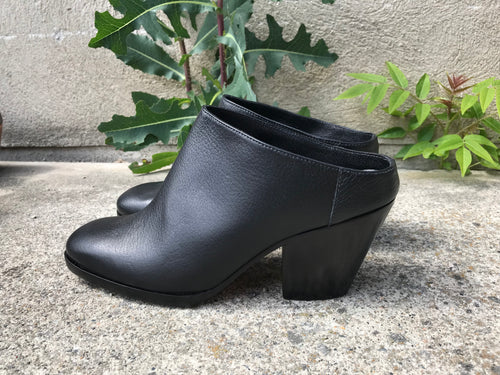 Rachel Comey Mars Mule / Black on Black