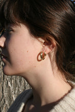 Hinge Hoops / Gold or Silver