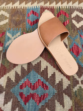 St Agni Aiko Basic Slides / Tan